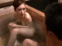 湯けむり近親相姦 母子入浴交尾 JULIA