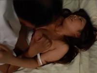 狂おしき接吻と情交 新妻と義父 向坂美々[2]