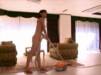 母が裸族でガマンできない 小森愛
