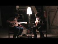 ギターでサイレントヒル2「Promise」を演奏している動画