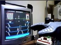 伝説のコントローラー「パックス・パワーグローブ」でマリオブラザーズをプレイしてみた