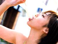 井上和香 チョー運動オンチが発覚!!オマケでパンチラも!?[芸能/お宝]