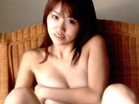 山咲美帆チャンが裸にシーツ一枚だけでチンポをねだる!![芸能/お宝]