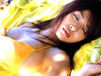 次原かな★横乳ムニュ〜な水着で貴方の股間を直撃!![芸能/お宝]