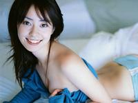けしからんおっぱい!!谷桃子チャンの乳首が・・・