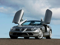 1億円以上するベンツ「SLR スターリングモス」どれだけ速い?