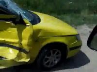 ボッコボコになった車を撮影していたら、大変な事になった