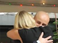 これは最高の思い出に♪プロポーズの瞬間、時が止まるドッキリ