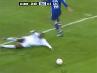 500万回再生されたサッカー動画「ネバーエンディング・スライディング」