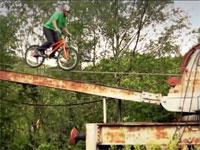 トライアルバイクの神様、ダニーマカスキルの問答無用で神動画