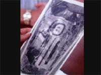 タイムトラベル?2000年前のエジプトの墓にあったカノプス壺の中にビデオカメラが?