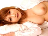 【AV】ピンク乳首&美乳&あどけなさの残る顔が・・[無料動画]